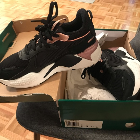 new images of great fit ever popular PUMA WOMENS RAX TROPHY LOW TOP SNEAKEF
